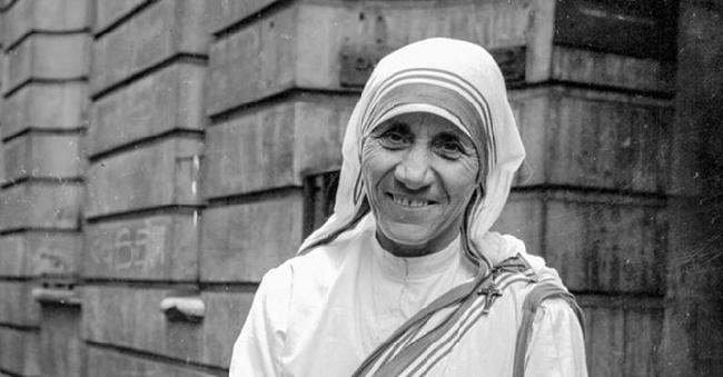 I Due Episodi Che Cambiarono La Vita Di Madre Teresa San Francesco